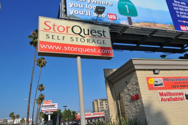 5138 W Sunset Blvd Los Angeles, CA 90027 - Signage
