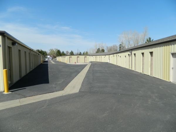 1200 Lock St Louisville, CO 80027 - Driving Aisle|Drive-up Units