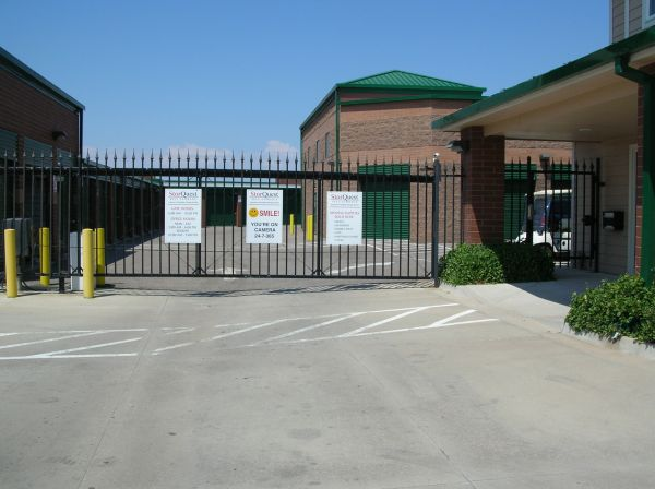 2685 S Tower Rd Aurora, CO 80013 - Security Gate