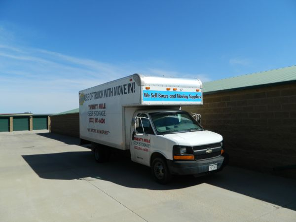 18601 Longs Way Parker, CO 80134 - Moving Truck
