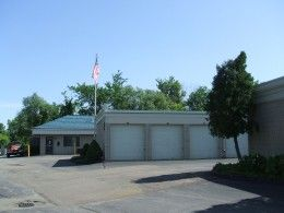 1320 E Big Beaver Rd Troy, MI 48083 - Drive-up Units