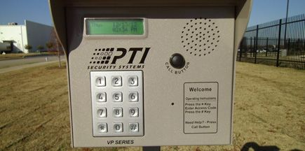 520 Blake Street Denton, TX 76208 - Security Keypad