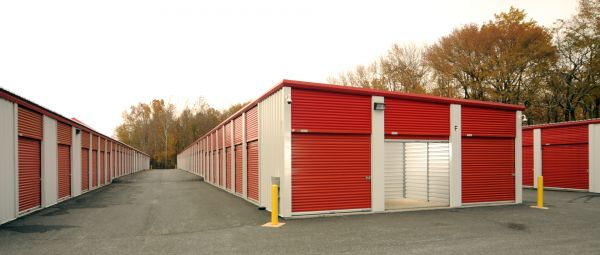 1746 Pulaski Hwy Havre de Grace, MD 21078 - Drive-up Units