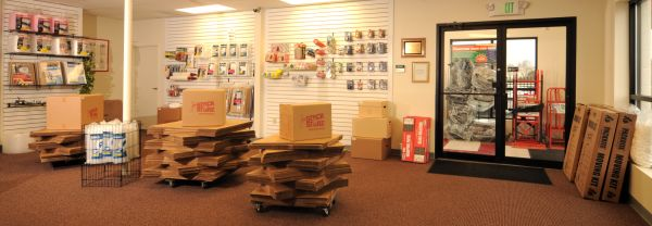 805 S Philadelphia Blvd Aberdeen, MD 21001 - Moving/Shipping Supplies
