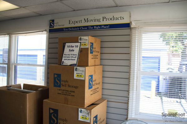 3171 S High St Columbus, OH 43207 - Moving/Shipping Supplies