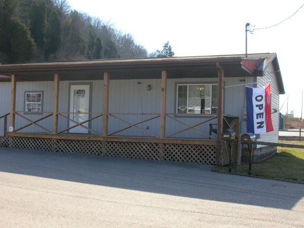 16942 Charleston Road Buffalo, WV 25033 - Storefront