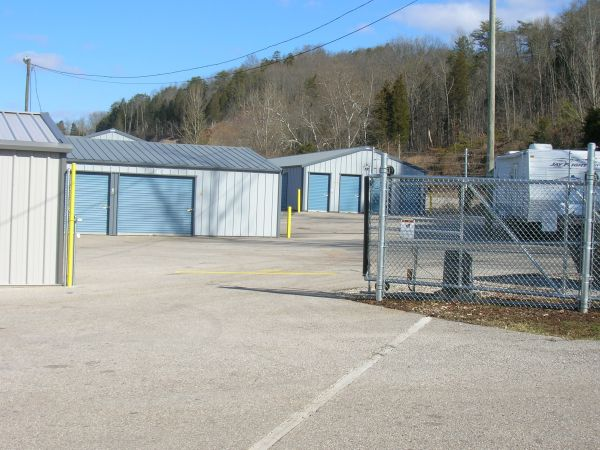 16942 Charleston Road Buffalo, WV 25033 - Security Gate
