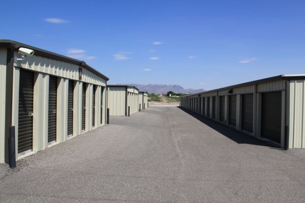 5495 Lassiter Rd Las Cruces, NM 88001 - Drive-up Units