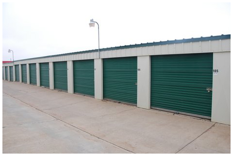 11209 Slide Rd Lubbock, TX 79424 - Drive-up Units