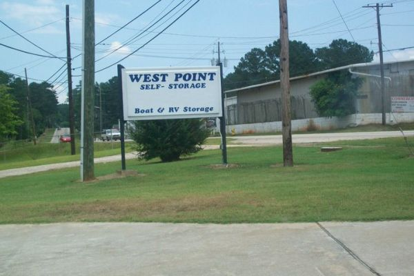 1501 Us Highway 29 West Point, GA 31833 - Signage