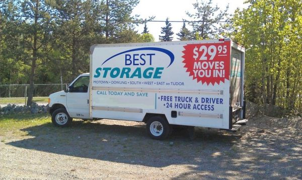 1524 E Dowling Rd Anchorage, AK 99507 - Moving Truck