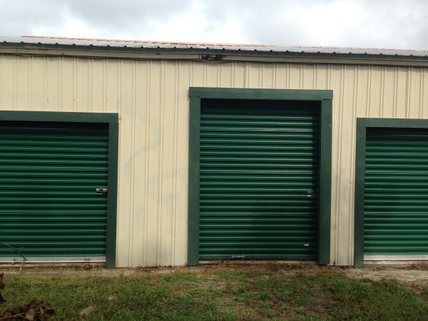 270 Fox Avenue Callaway, FL 32404 - Drive-up Units