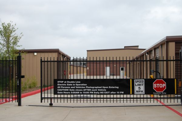 5905 Hwy 6 North  Houston, TX 77084 - Security Gate