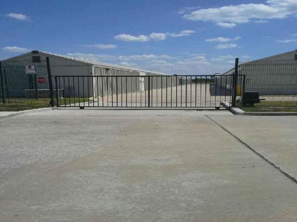 1923 North Sam Houston Pkwy W Houston, TX 77038 - Security Gate