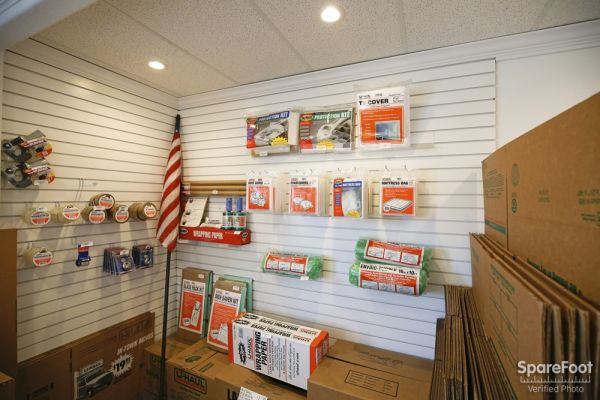 600 S. Garfield Ave. Alhambra, CA 91801 - Moving/Shipping Supplies