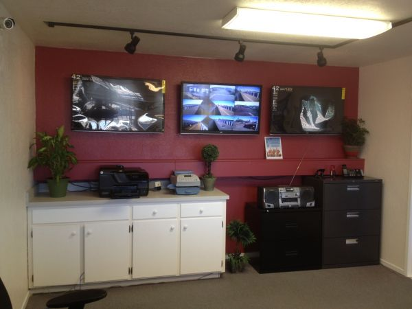 1100 N First St. Dixon, CA 95620 - Front Office Interior