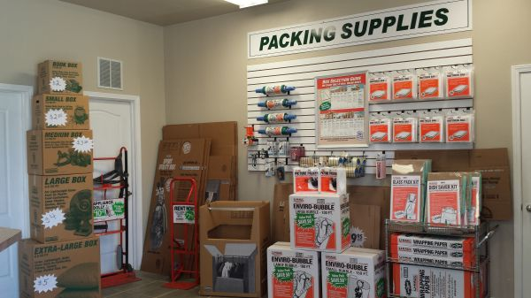 4240 Berryhill Rd Pace, FL 32571 - Moving/Shipping Supplies