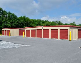 28 Doe Run Road Manheim, PA 17545 - Drive-up Units