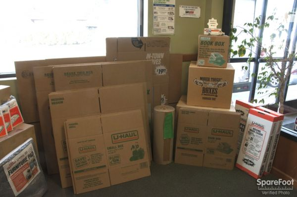 2400 1st Ave S Seattle, WA 98134 - Moving/Shipping Supplies