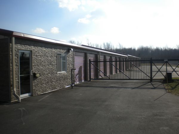 6025 Denny Drive Farmington, NY 14425 - Security Gate