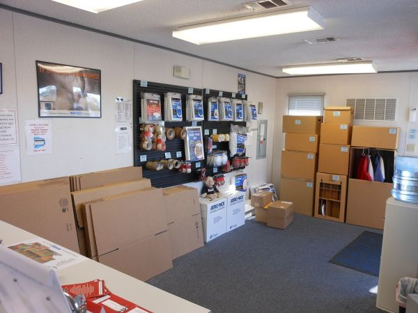 851 East Gude Drive Rockville, MD 20850 - Moving/Shipping Supplies