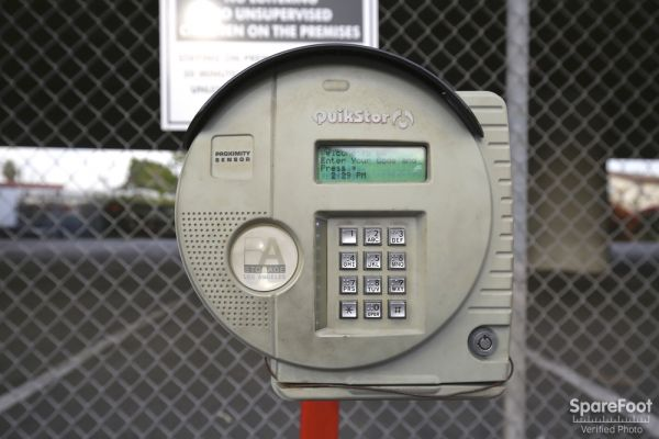 620 N Heliotrope Drive Los Angeles, CA 90004 - Security Keypad