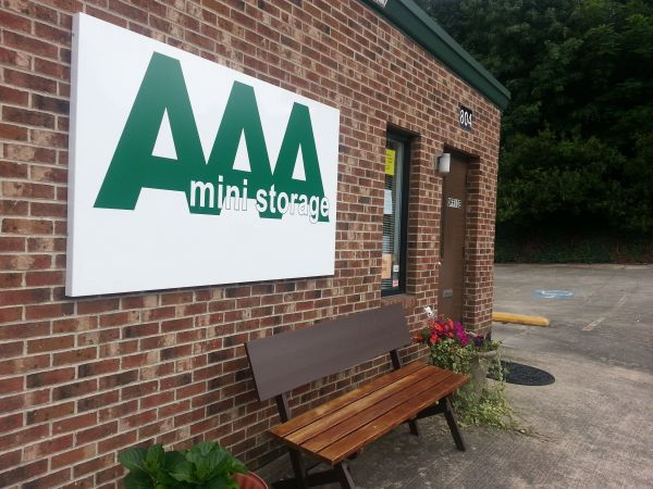 804 Junction Rd Durham, NC 27703 - Storefront