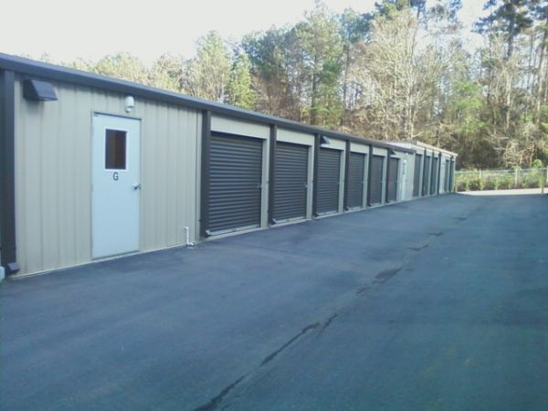 5306 Old Wake Forest Rd Raleigh, NC 27609 - Drive-up Units