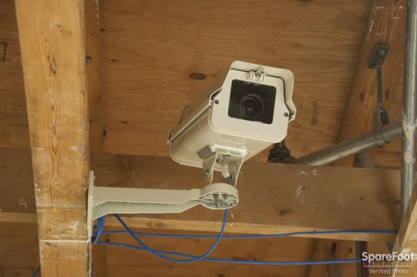 10115 Greenwood Ave N Seattle, WA 98133 - Security Camera