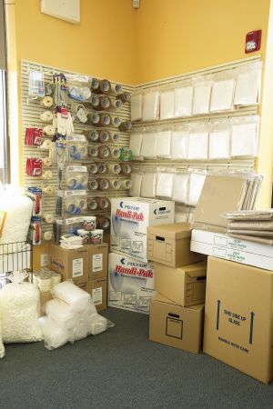301 S Burnt Mill Rd Voorhees Township, NJ 08043 - Moving/Shipping Supplies
