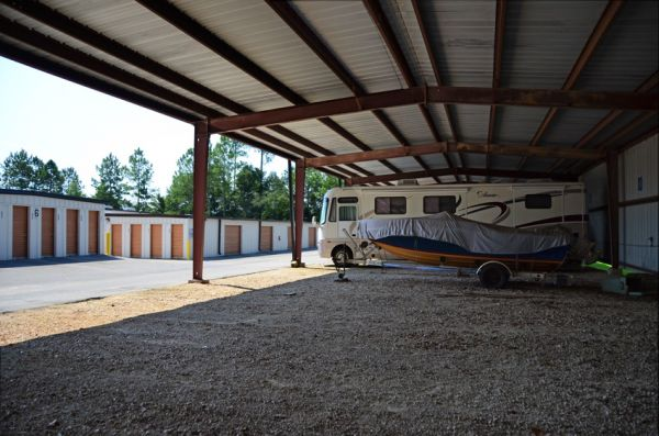 424 Capital Circle Southwest Tallahassee, FL 32304 - Car/Boat/RV Storage