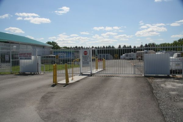 7249 Airport Rd Bath, PA 18014 - Security Gate