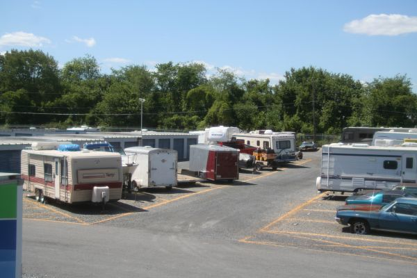 7249 Airport Rd Bath, PA 18014 - Car/Boat/RV Storage