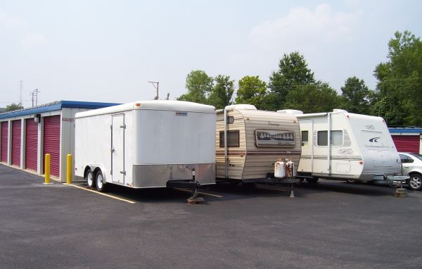 2149 Ruckert Avenue St. Louis, MO 63114 - Car/Boat/RV Storage