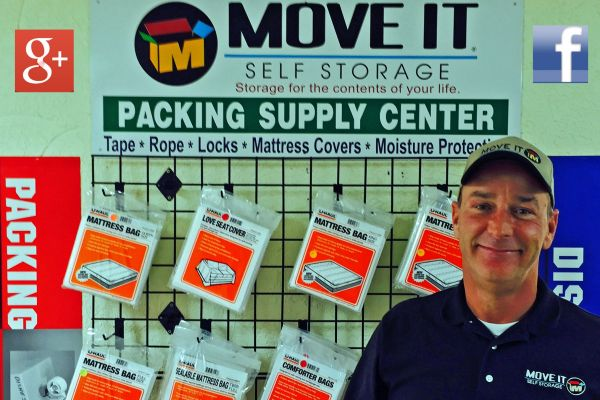 1951 Rodd Field Rd Corpus Christi, TX 78412 - Moving/Shipping Supplies|Staff Member