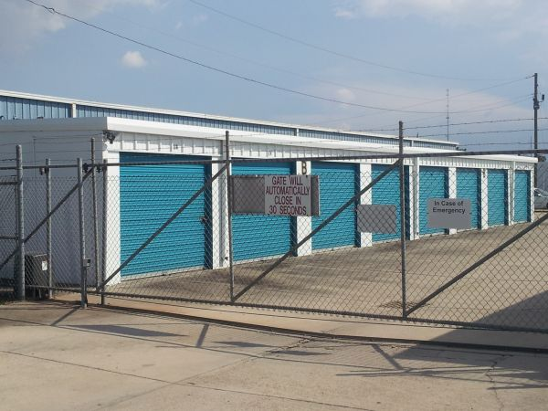 684 East Airline Highway Laplace, LA 70068 - Security Gate