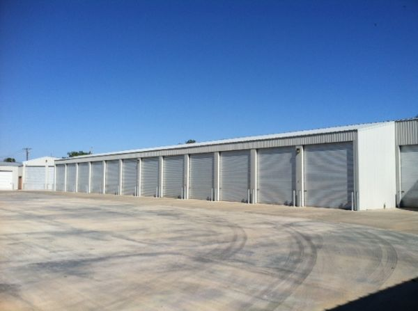 3806 W Loop 250 North Midland, TX 79707 - Drive-up Units