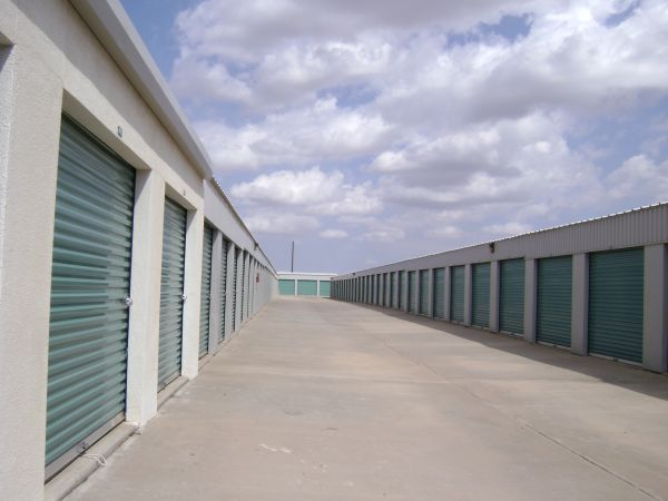 4500 Northeast Loop 338 Crossroad Odessa, TX 79762 - Drive-up Units|Driving Aisle