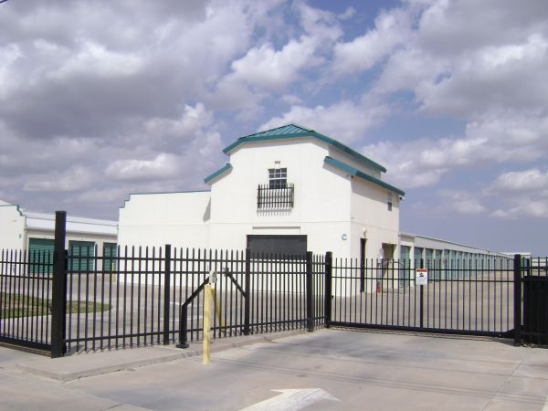 4500 Northeast Loop 338 Crossroad Odessa, TX 79762 - Security Gate