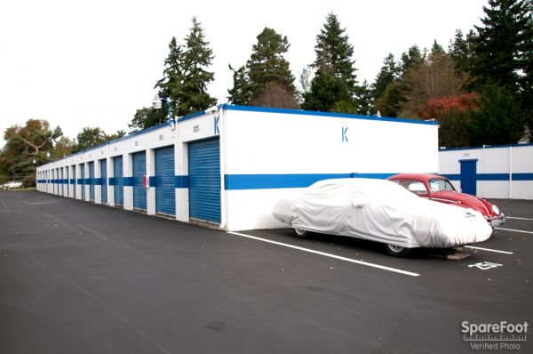 17828 Midvale Avenue North Shoreline, WA 98133 - Car/Boat/RV Storage|Drive-up Units