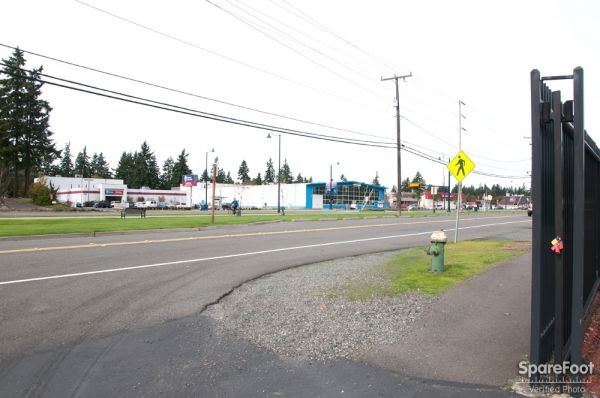 17828 Midvale Avenue North Shoreline, WA 98133 - Road Frontage