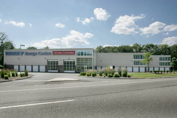305 Eisenhower Parkway Livingston, NJ 07039 - Road Frontage