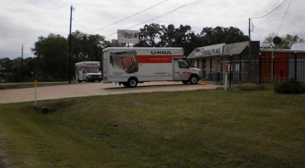 3115 N Hwy 175 Seagoville, TX 75253 - Moving Truck