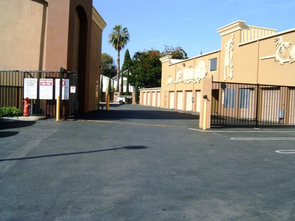1250 Bristol Street Costa Mesa, CA 92626 - Security Gate|Drive-up Units|Driving Aisle