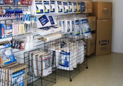 26200 Hollywood Ct Santa Clarita, CA 91355 - Moving/Shipping Supplies