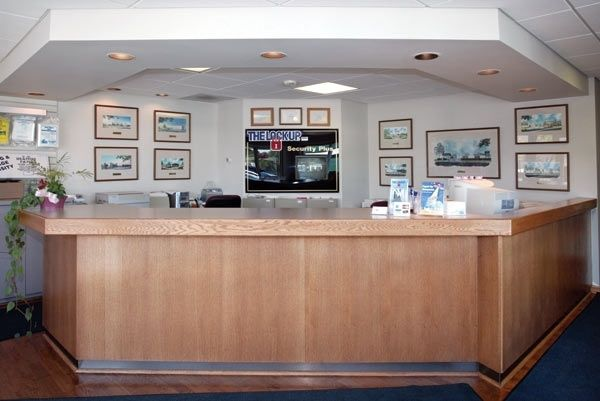 2600 Old Willow Road Northbrook, IL 60062 - Front Office Interior