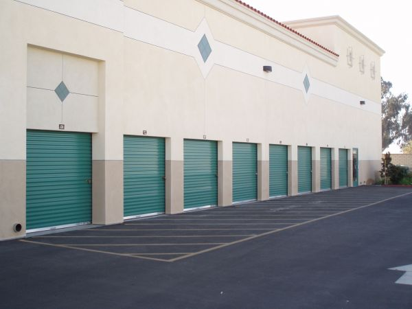 241 Camarillo Ranch Road Camarillo, CA 93012 - Drive-up Units