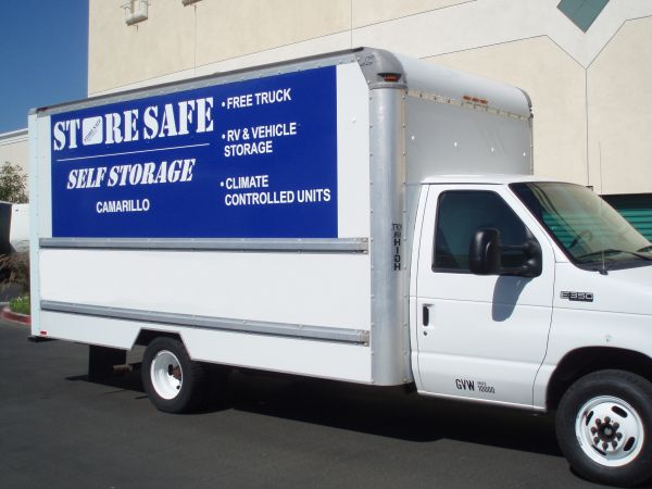 241 Camarillo Ranch Road Camarillo, CA 93012 - Moving Truck