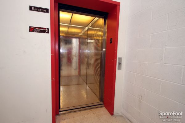 515 West Lincoln Highway Chicago Heights, IL 60411 - Elevator