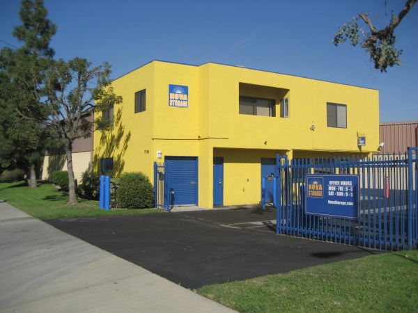 7349 Suva Street Downey, CA 90240 - Security Gate|Storefront